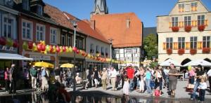 Marktplatz mit Besuchern_Werne
